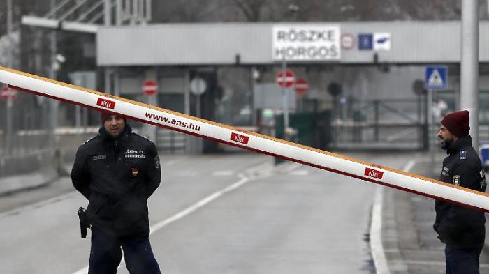 Ungarischer Posten gibt Warnschüsse ab