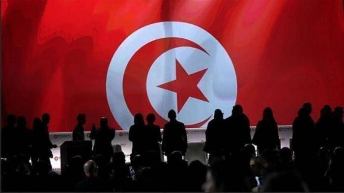 تونس .. علمانية بورقيبة أو أخونة الغنوشي