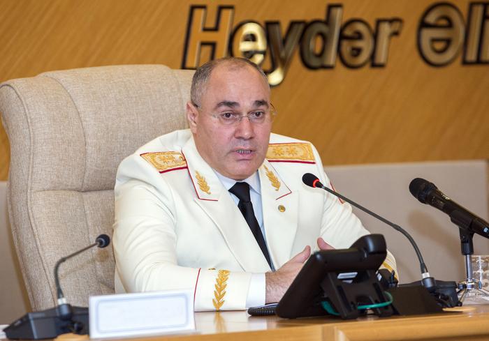 Səfər Mehdiyev gömrükçülərə ciddi tapşırıqlar verdi