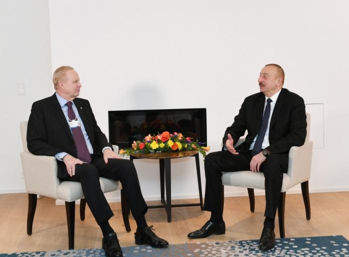 Davos: Ilham Aliyev a rencontré le PDG de BP