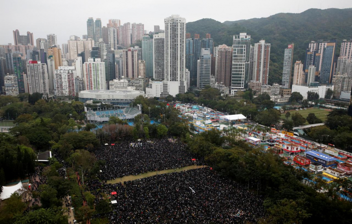 Hong Kong gears up for huge New Year