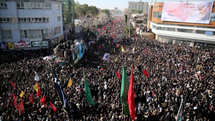 Iranisches Staatsfernsehen meldet Dutzende Tote nach Massenpanik