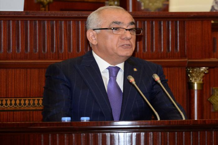 Azerbaijani PM offers condolences to Iranian First VP and Ukrainian PM