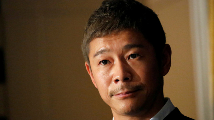 Un multimillonario japonés busca una novia que lo acompañe en su viaje a la Luna