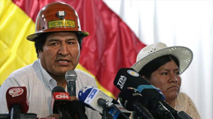 """Morales sugiere formar """"milicias"""" para defender el pueblo boliviano"""
