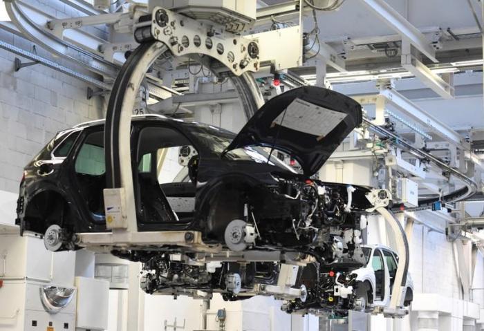 VDA fordert milliardenschwere Unterstützung für Autobranche