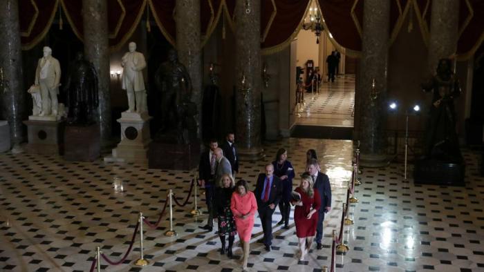 La Cámara de Representantes envía al Senado los cargos contra Trump y activa el juicio
