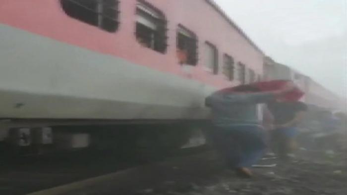 Decenas de heridos tras la colisión de un tren de pasajeros y uno de carga en la India