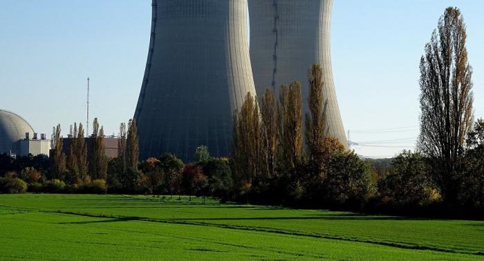 Un tribunal de Japón ordena parar de nuevo la planta nuclear de Ikata