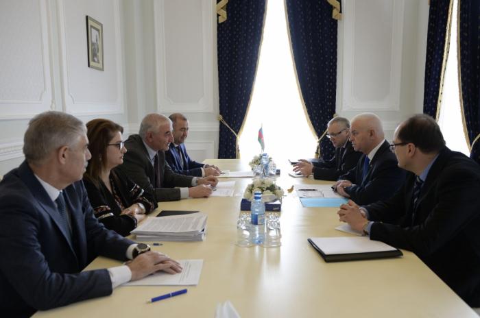 MSK sədri Viktor Quminski ilə görüşüb