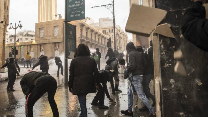 """Cientos de heridos por la violencia en Beirut durante la """"semana de la ira"""""""