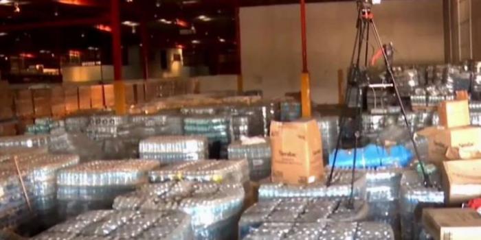 Despiden a comisionado de emergencias de Puerto Rico tras hallazgo de almacén lleno de suministros