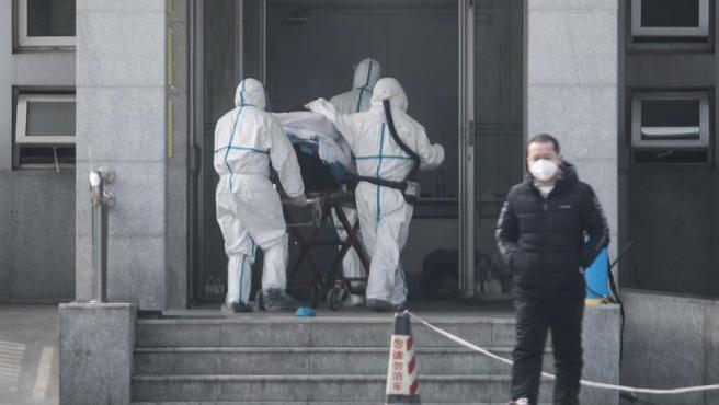 Tercer muerto y 136 casos más en China por la nueva neumonía similar al SARS