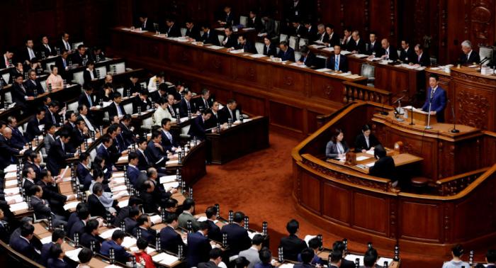 El primer ministro japonés reafirma su disposición a firmar el tratado de paz con Rusia