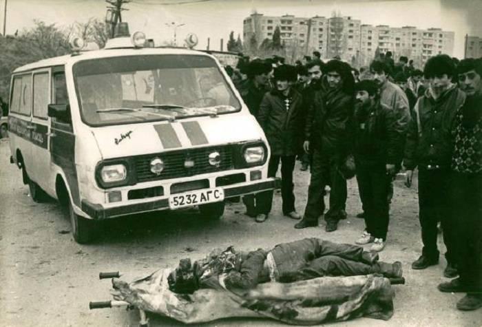 20 Janvier:  des  photos  du célèbre photographe Boris Dobin prises à Bakou