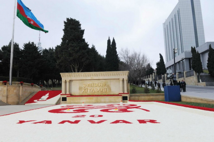 """La Vanguardia publica sobre   el 20 de enero  :   Azerbaiyán recuerda a las víctimas del """"enero negro"""" de 1990"""