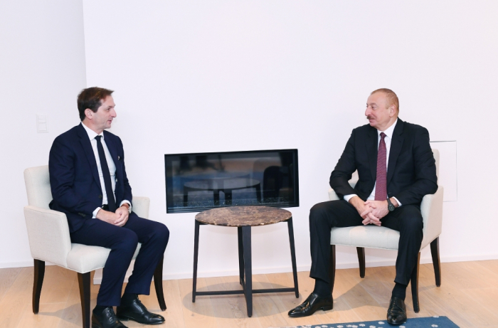 Entretien du président azerbaïdjanais avec le directeur général du groupe Suez à Davos