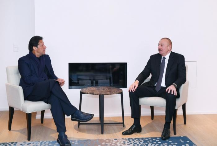 Ilham Aliyev a rencontré Imran Khan -  PHOTO