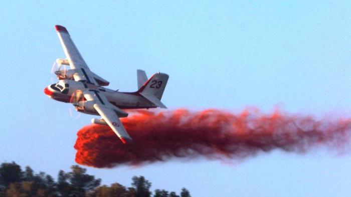 Feux en Australie: un avion bombardier d