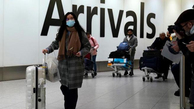 Canadá vigila cinco casos de posible infección del coronavirus de Wuhan