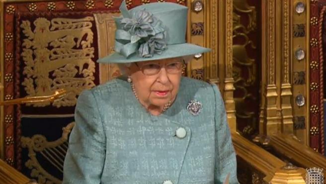 Isabel II firma la ley del Brexit