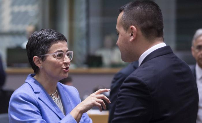 España:  La ministra de Exteriores acude a Marruecos en pleno pulso por la frontera marítima