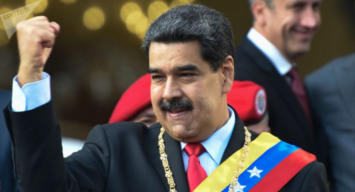 Maduro recibe máxima condecoración del Partido Comunista ruso