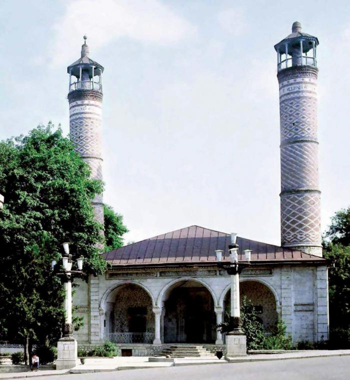 Baku needs to urge UNESCO to focus on issue of armenization of Azerbaijani historical heritage