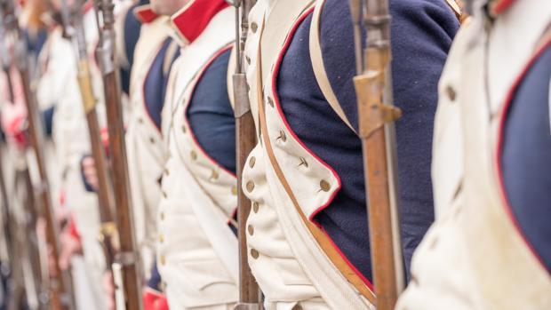 Una lección de química:   ¿por qué los botones de los soldados de Napoleón se rompían en Rusia?