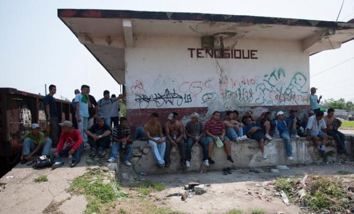 Al menos 20 redes de tráfico de migrantes operan en México