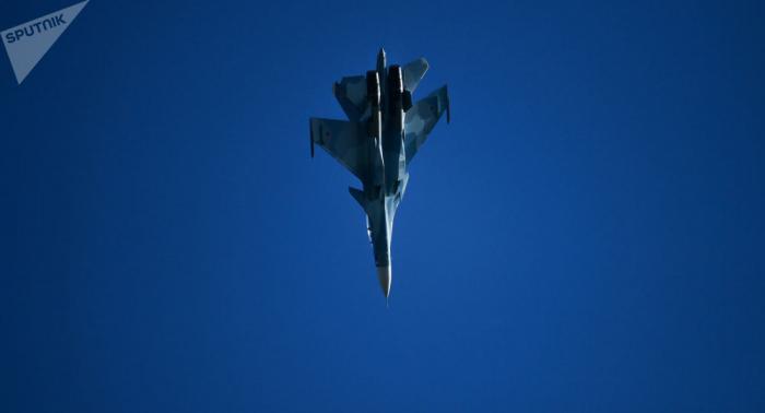 FOTOS:  Un avión militar se estrella en Argelia