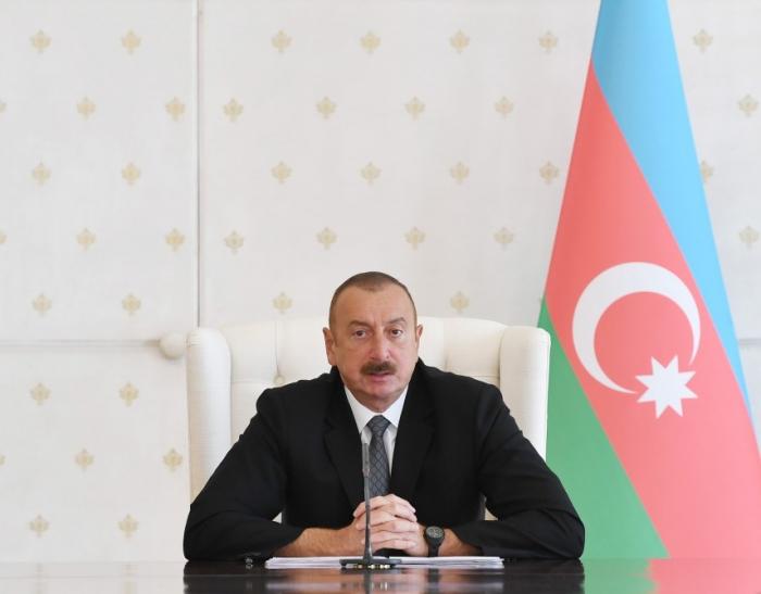 """Presidente Ilham Aliyev:   """"El nivel actual de los precios del petróleo satisface tanto a los productores como a los consumidores"""""""