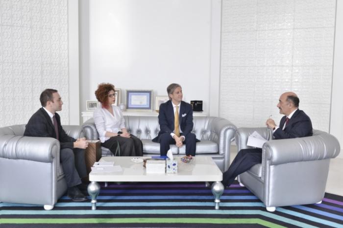 Abulfas Garayev se reúne con un representante residente en Azerbaiyán del PNUD