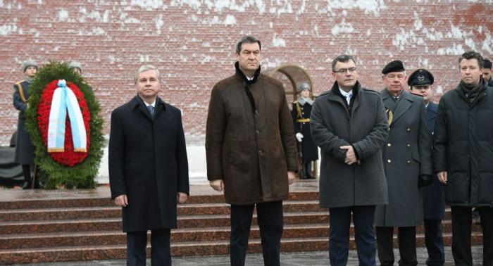 Bayerns Ministerpräsident Söder in Moskau:   Volles Programm vor dem Treffen mit Putin –   Fotos