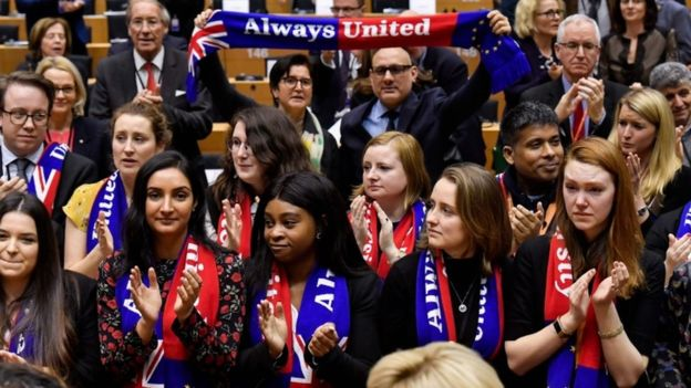Brexit: MEPs say goodbye to UK ahead of Brexit vote