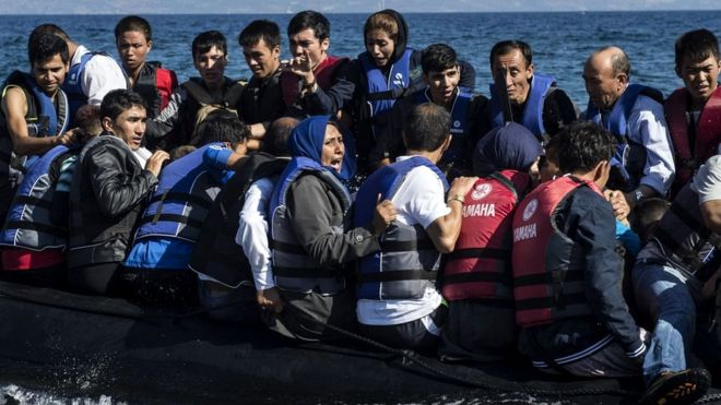 Greek plan to stop migrant boats with floating barriers