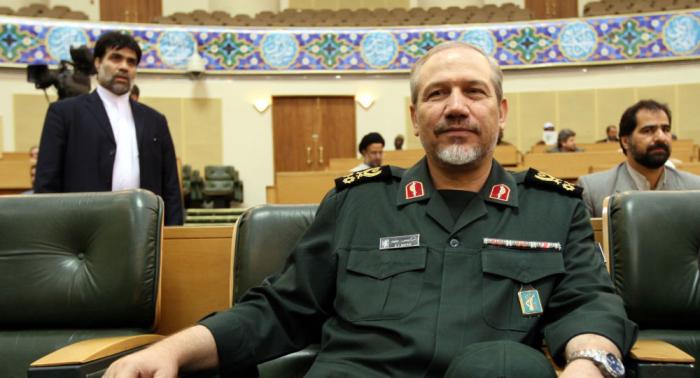 مستشار خامنئي يكشف أمرا دفع أمريكا للتراجع عن الرد على إيران