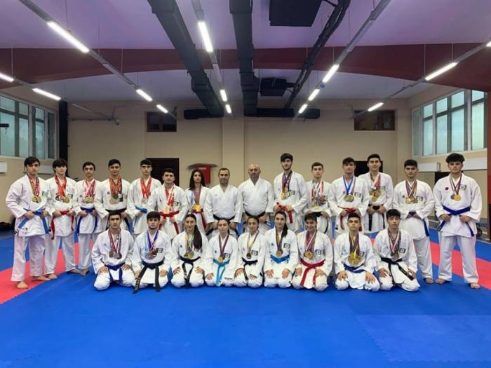 Azerbaijani karate fighters win 10 medals at Grand Prix Croatia 2020