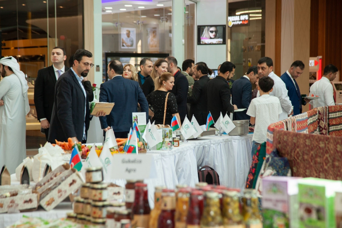 Azerbaijani agricultural products exhibited in Dubai