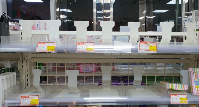 الصين: ارتفاع حالات الإصابة بفيروس كورونا إلى 830