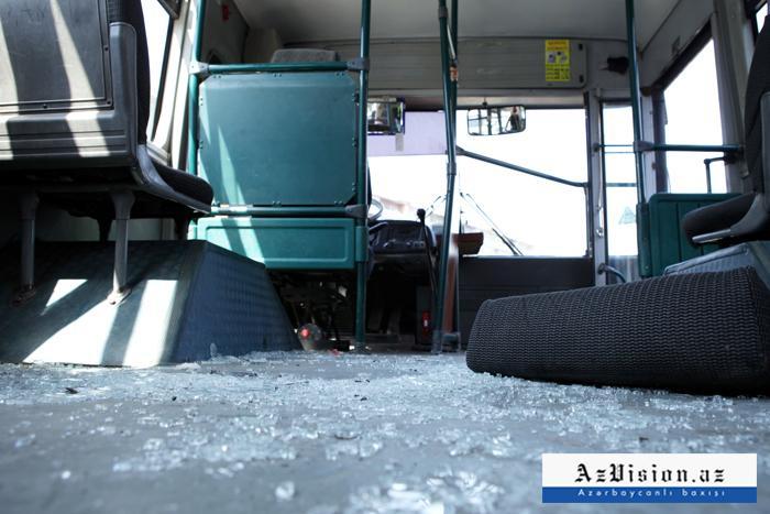 Bakıda iki sərnişin avtobusu toqquşub