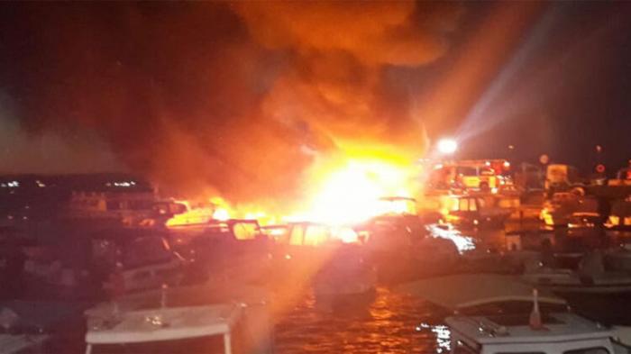 İstanbulda 6 gəmi yanır