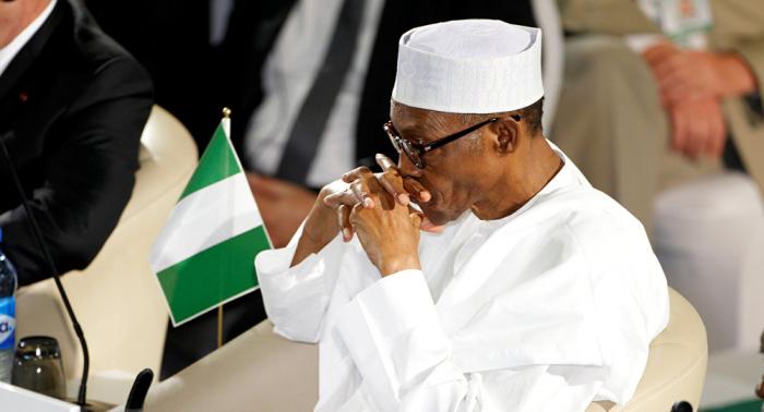 نيجيريا: مسؤول حصل على حقيبة أموال لتمرير صفقة كلفت البلاد ربع احتياطياتها النقدية