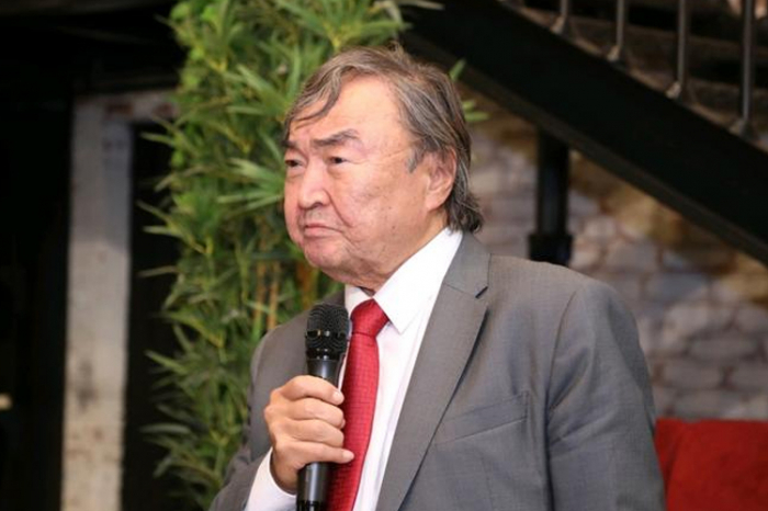 """""""Heydər Əliyev hakimiyyətdə olsaydı, 20 Yanvar faciəsi baş verməzdi"""" - Oljas Süleymenov"""