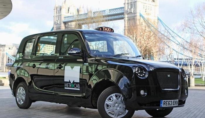 """Bakıya 100 ədəd """"London taksisi"""" gətiriləcək"""