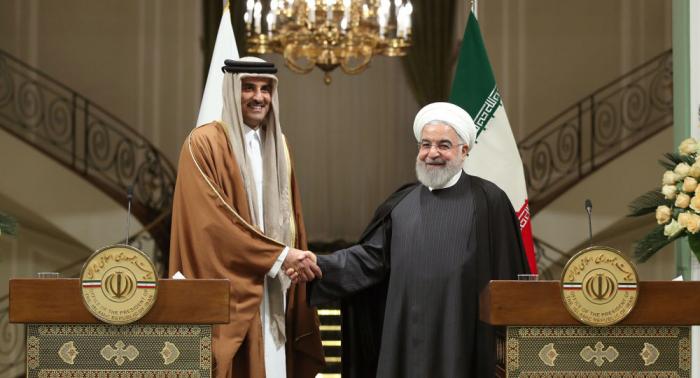 """مكتب الرئيس الإيراني يكشف عن """"مفاوضات رسمية"""" خلال زيارة أمير قطر"""