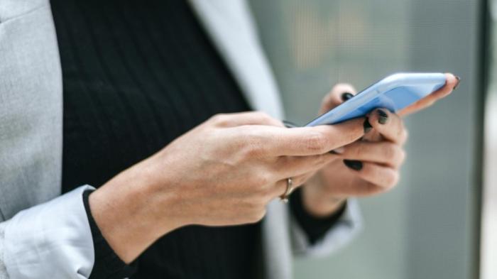 Jeder Vierte kann Smartphone nicht bedienen
