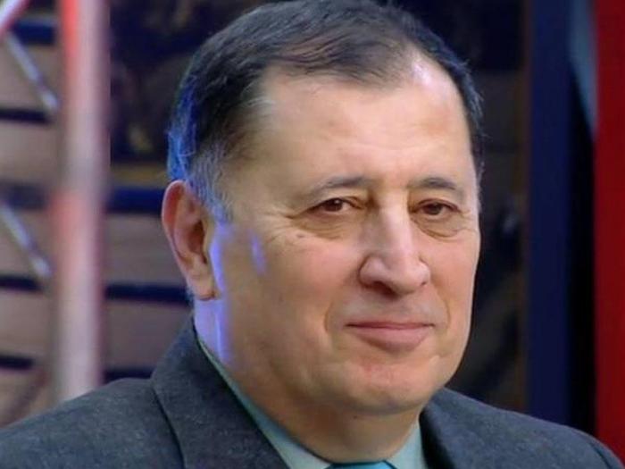 """Baba Vəziroğlu """"Şöhrət"""" ordeni ilə təltif edildi"""