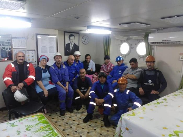 Azərbaycan dənizçiləri İon dənizində üç miqrantı xilas edib - VİDEO+FOTOLAR