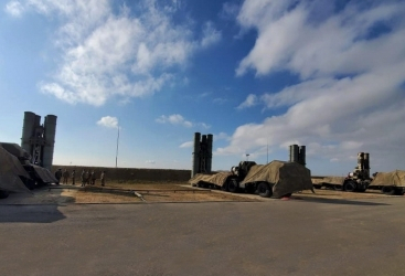 Azerbaijani defense minister checks combat readiness of air defense units